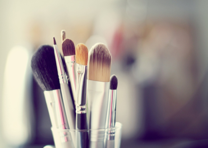 Make-Up without Tools- New Hit