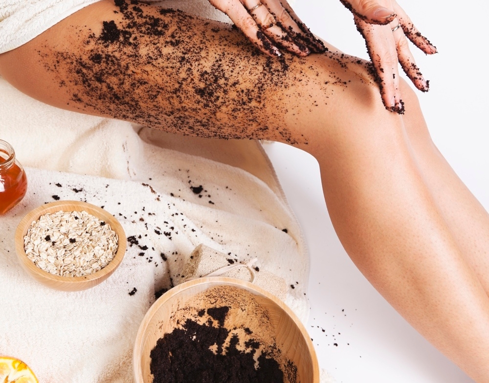 Coffee scrub and its nourishing properties