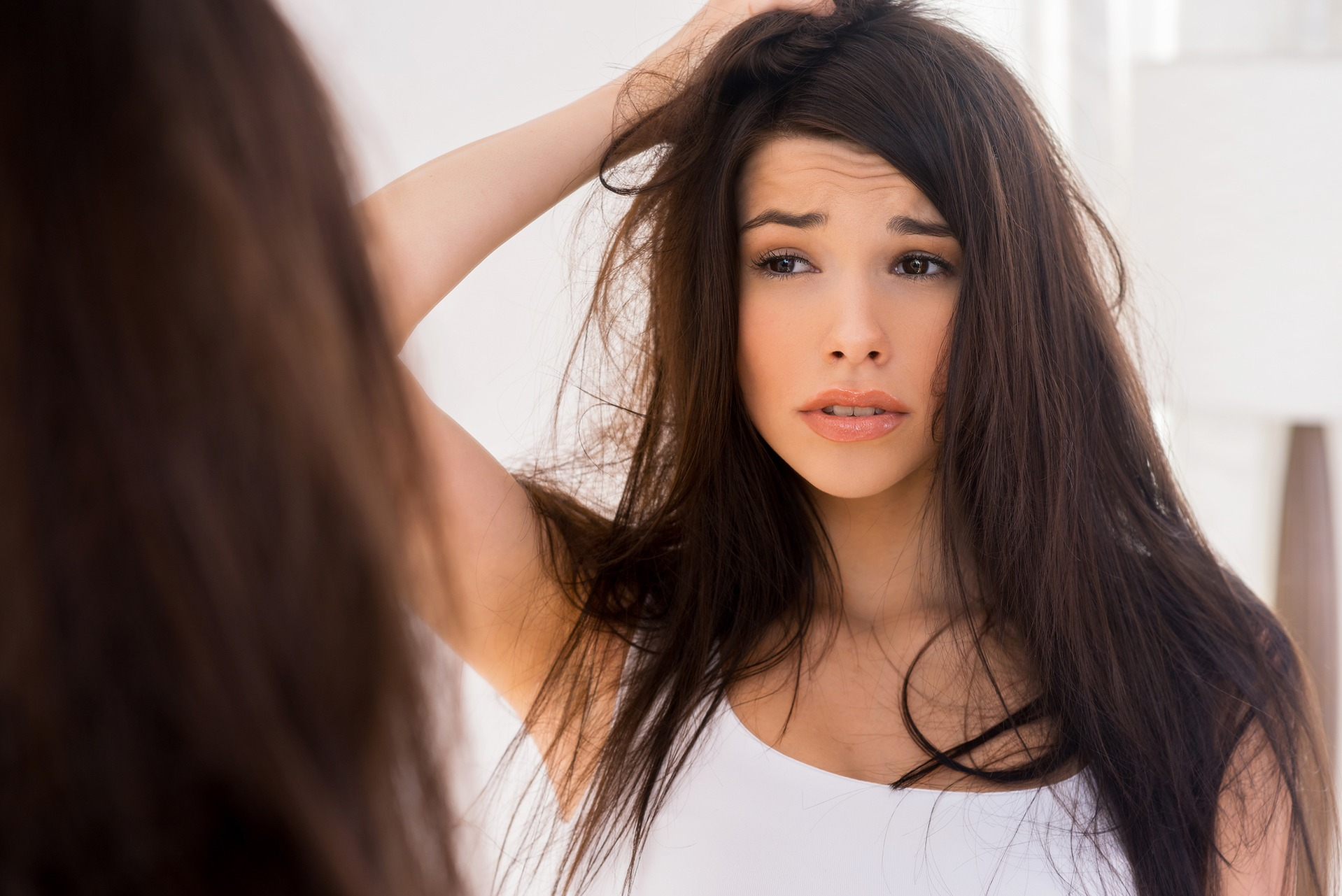 How to help dry hair restore its good-looks? Home remedies for dry hair